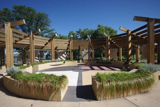 Akta Lakota Museum: L'esterno del museo