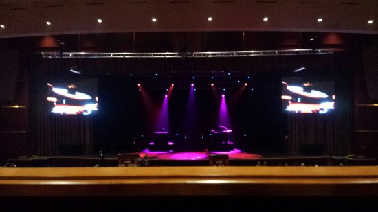 Prior Lake, MN : Daughtry concert 2014