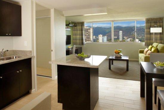 Aqua Skyline At Island Colony Suite Living Room