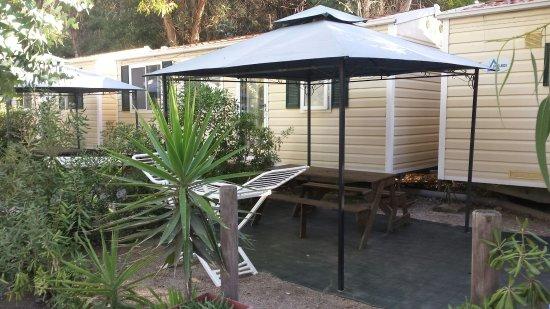 Esterno Di Una Casa : Esterno di una casa mobile per due persone picture of camping