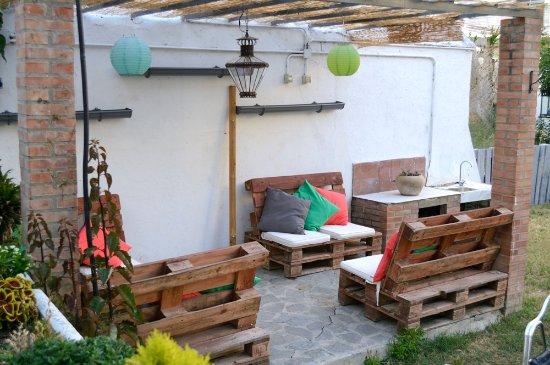 Zona chillout en jardn Picture of Restaurante La Baska San