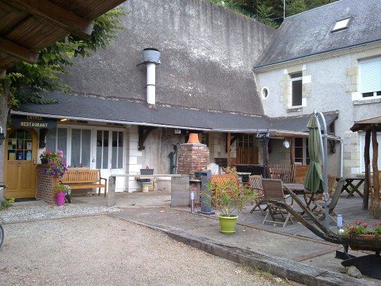 Poce-sur-Cisse, Francja: Jolie terrasse, mais on n'est pas là pour ça ! ;-)
