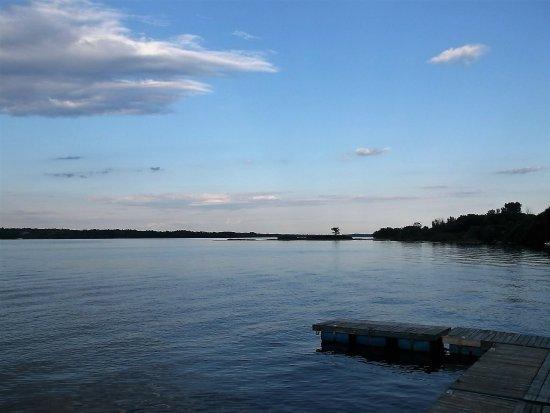 Hawkesbury, Canadá: Belle vue sur la rivière