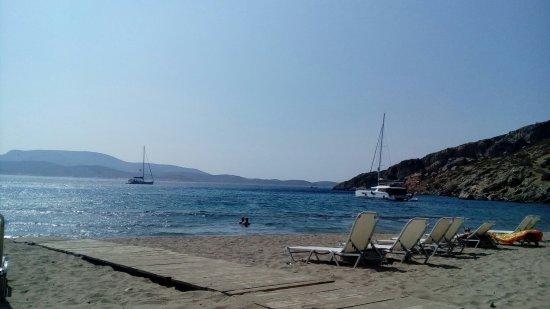 Schinoussa, Grecia: Τσιγκούρι παραλία