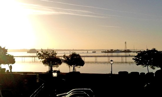 Hythe, UK: View from the Hotel, down Southampton Water