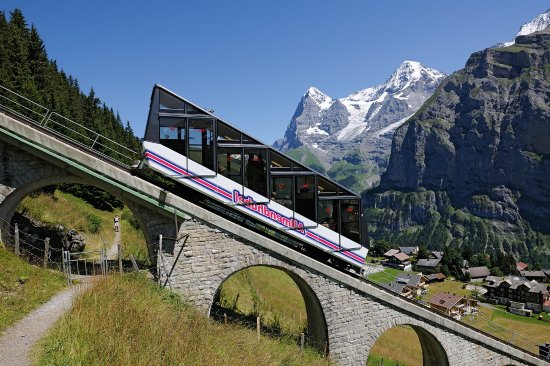 Murren, Switzerland: Allmendhubelbahn