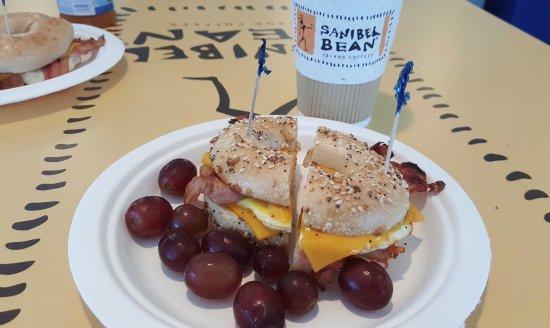 Sanibel Bean : breakfast sandwich