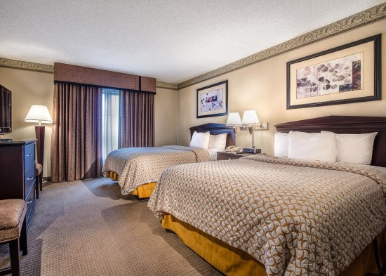 Embassy Suites by Hilton Atlanta Alpharetta : Accessible 2 Double Room