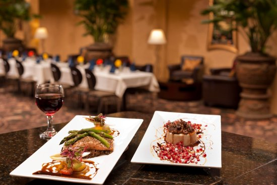 Embassy Suites by Hilton Lubbock: Canaletto's