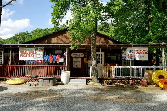 Licking, MO: General Store & Campground Office