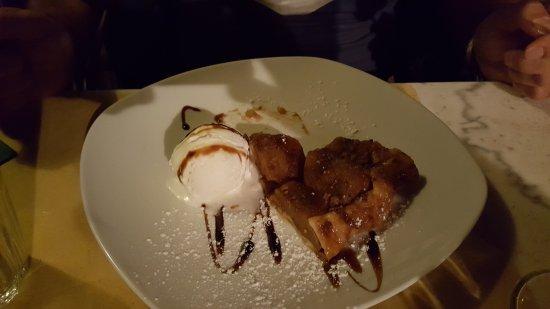 Charvensod, Italien: torta di mele