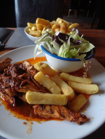Oswestry, UK: Cajun Buttered Chicken With Chips & salad