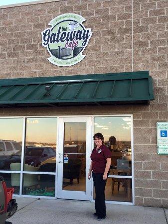 Fishersville, VA: Donna Sandy (Gen Mngr)