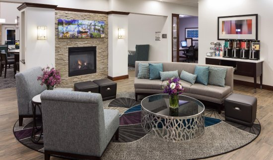 Homewood Suites by Hilton Agoura Hills: Lobby Seating