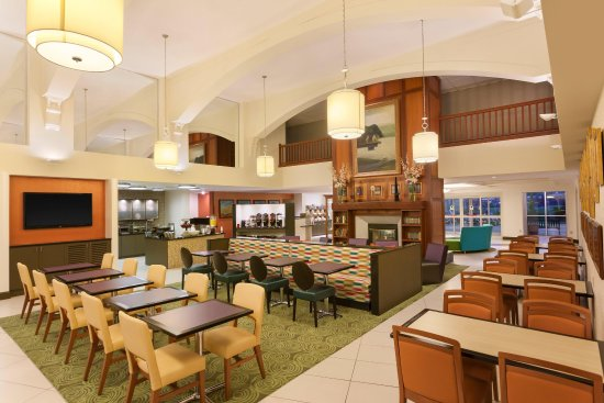 Homewood Suites by Hilton Reading: Lodge Area
