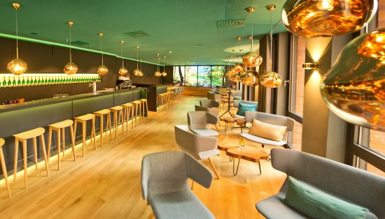Arcadeon: Emils Bar & Lounge