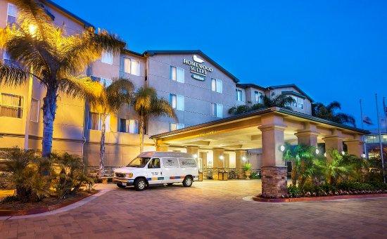 Homewood Suites by Hilton San Diego-Del Mar: Hotel Exterior