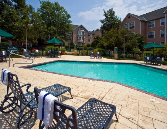 Homewood Suites by Hilton Memphis-Poplar: MEMPO Outdoor Pool