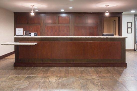 Avondale, AZ: Front Desk