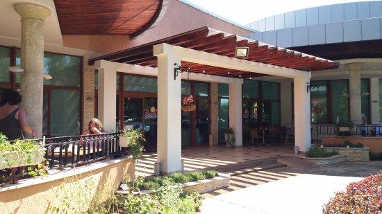 Primasol Ralitsa Superior Hotel: Restaurant entry