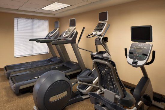 Homewood Suites Detroit Troy: Fitness Center Cardio