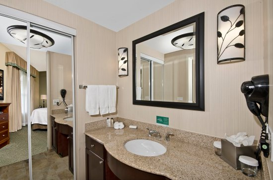 Homewood Suites Atlanta I-85-Lawrenceville-Duluth: Bathroom