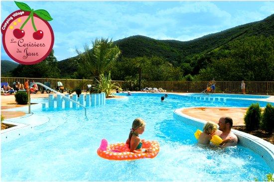 Saint-Pons-de-Thomieres, Γαλλία: La piscine