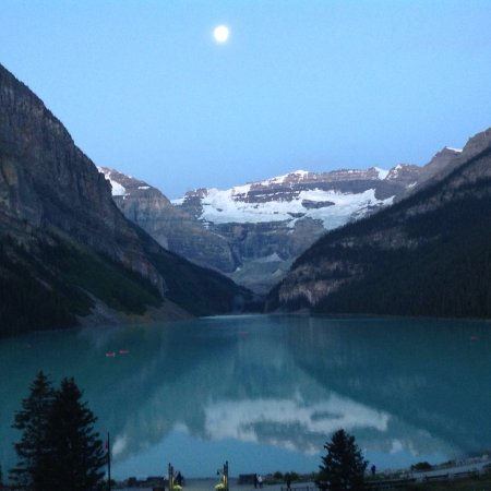 Kanadische Rockies, Kanada: View from Fairmont Lake Louise Hotel