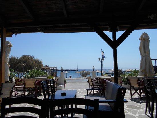 Batsi, Grekland: Watch the world go by