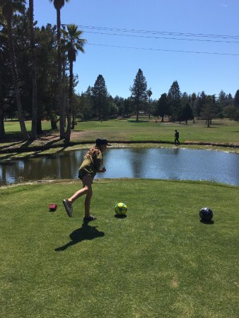 Scotts Valley, CA: Just posing...  No kickball over the water hazard...