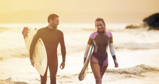 Hotel del Coronado: Surfers on Del Beach