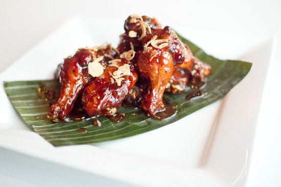 Spicy honey garlic chicken wings picture of siamese thai cuisine siamese thai cuisine spicy honey garlic chicken wings forumfinder Choice Image
