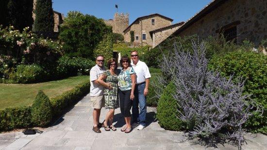 Castello Banfi - Il Borgo 사진