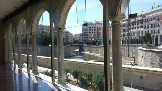 Mirador de sala medieval al r o segura y la ciudad de for Sala mirador