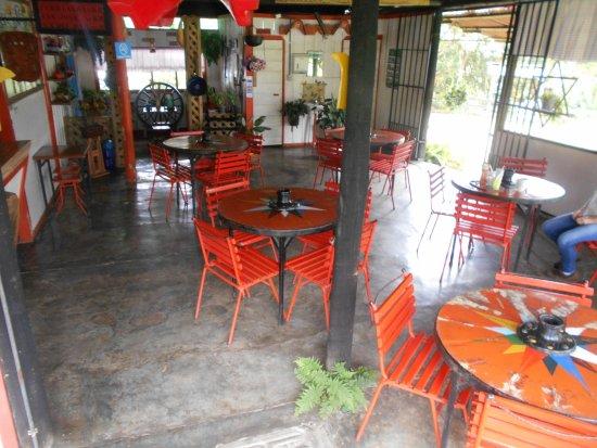 Guayabo, Costa Rica: Restaurante La Calzada