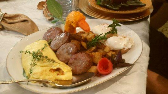 Lake Manor Bed & Breakfast: Breakfast