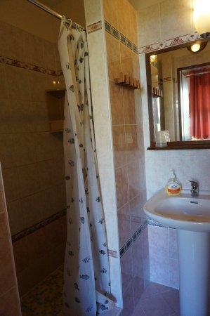 Villa Edvin: Ванная комната номера №10