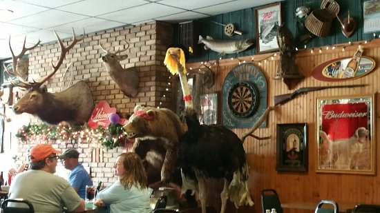 Newaygo, MI: Sportsman's Bar and Restaurant