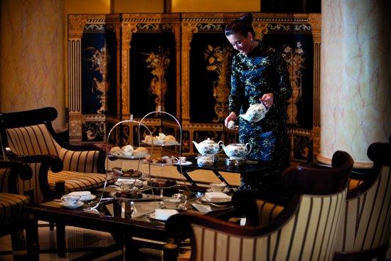 The Ritz-Carlton, Berlin: Tea Lounge With Tea Master Service1