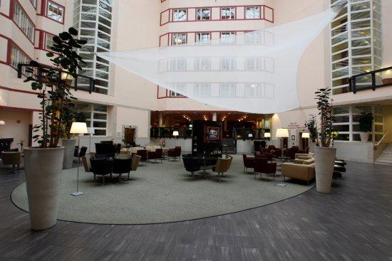 Lund, Sverige: Scandic Star Interior Lobby Atrium