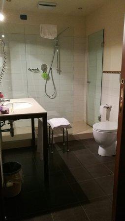 La Pieve Hotel: Il bagno della 314