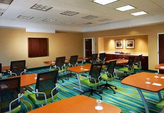 SpringHill Suites Newark Liberty International Airport: Conference Room A