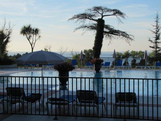 Pierre & Vacances Résidence Le Domaine de Bordaberry : piscine