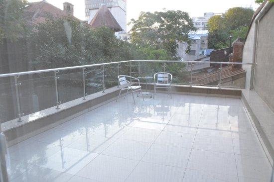 Hotel Christina: Balcone