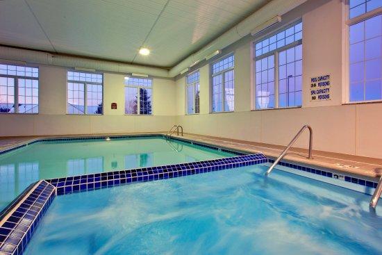 Cadillac, MI: Swimming Pool