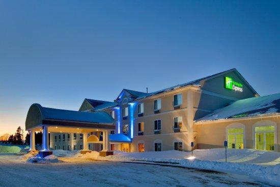 Cadillac, MI: Hotel Exterior