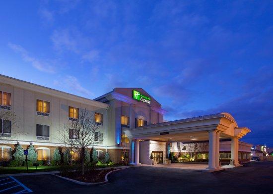 Photo of Holiday Inn Express Toledo-Oregon
