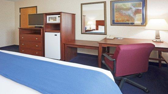 DeForest, WI: Standard Room assigned upon arrival
