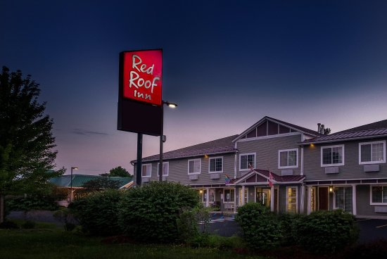 Red Roof Inn: Exterior