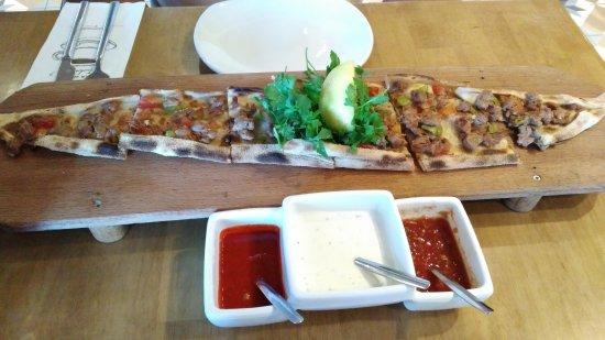 Pide picture of meram osdorp amsterdam tripadvisor for Meram restaurant amsterdam